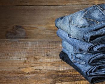 Как правильно стирать джинсы в стиральной машине